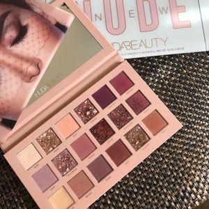 Huda Beauty New Nude